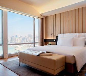 香港万丽海景酒店客房